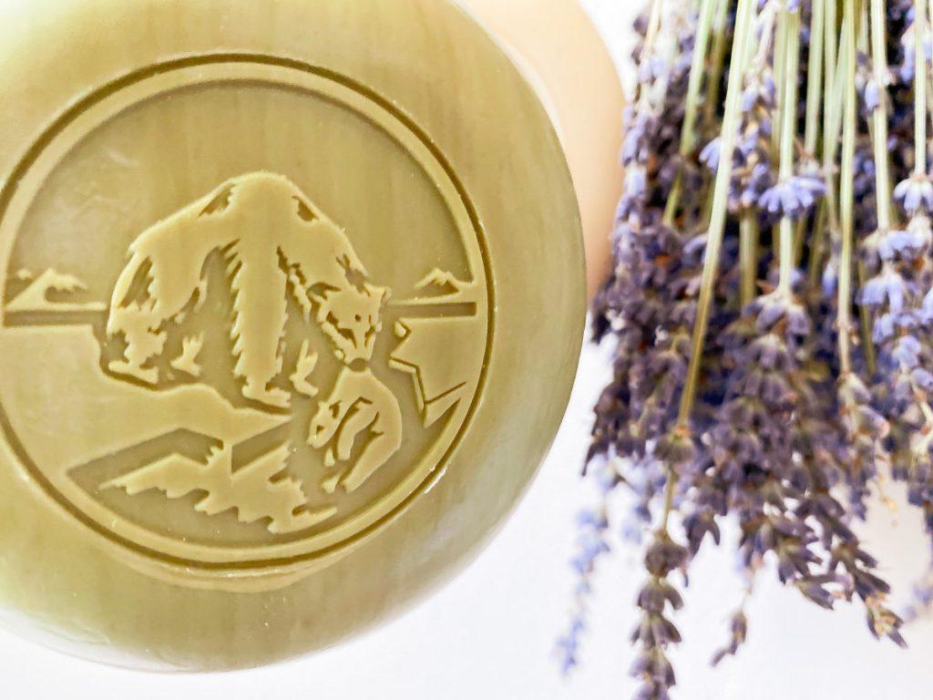 Festes Shampoo und Körperseife von Seifenmanufaktur Klar Seifen