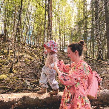 Mit Kindern im Wald – Spielideen und das Eichhörnchen